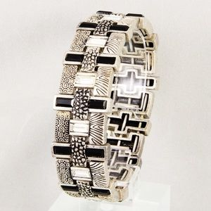 Lia Sophia Arcadia stretch bracelet